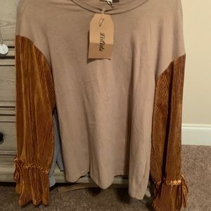 TAN SHIRT WITH RUST SLEEVES WITH BELL SLEEVE